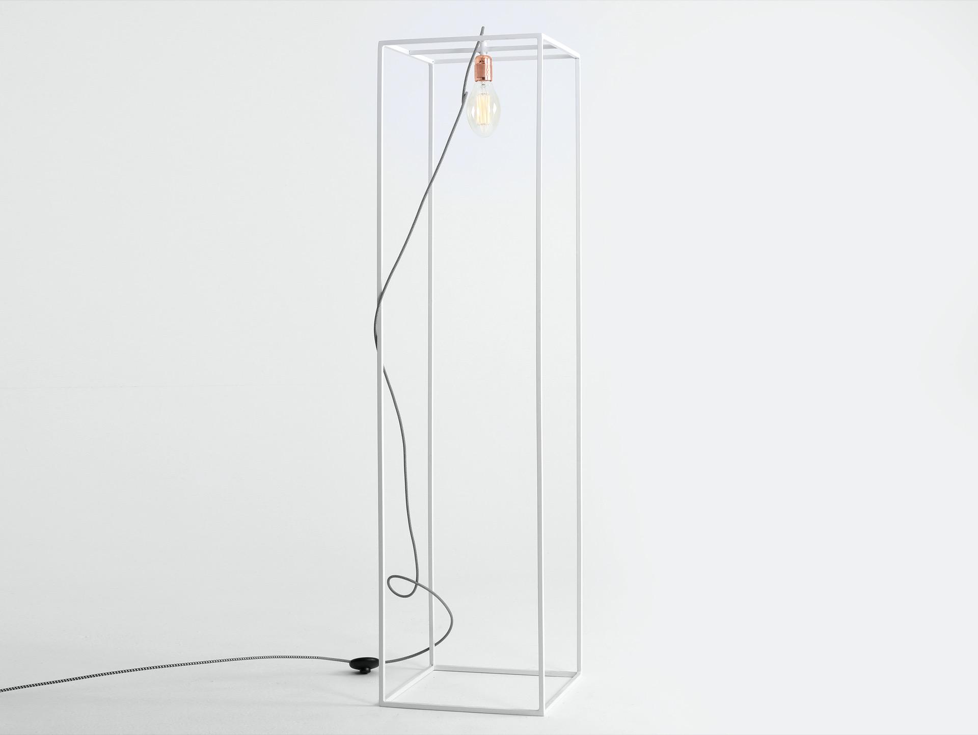 Stehlampe METRIC S